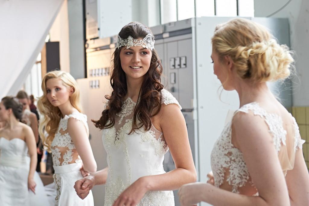 Messe 2016 - TrauDich Düsseldorf - Catwalk - Backstage - neue Brautmoden-Kollektion
