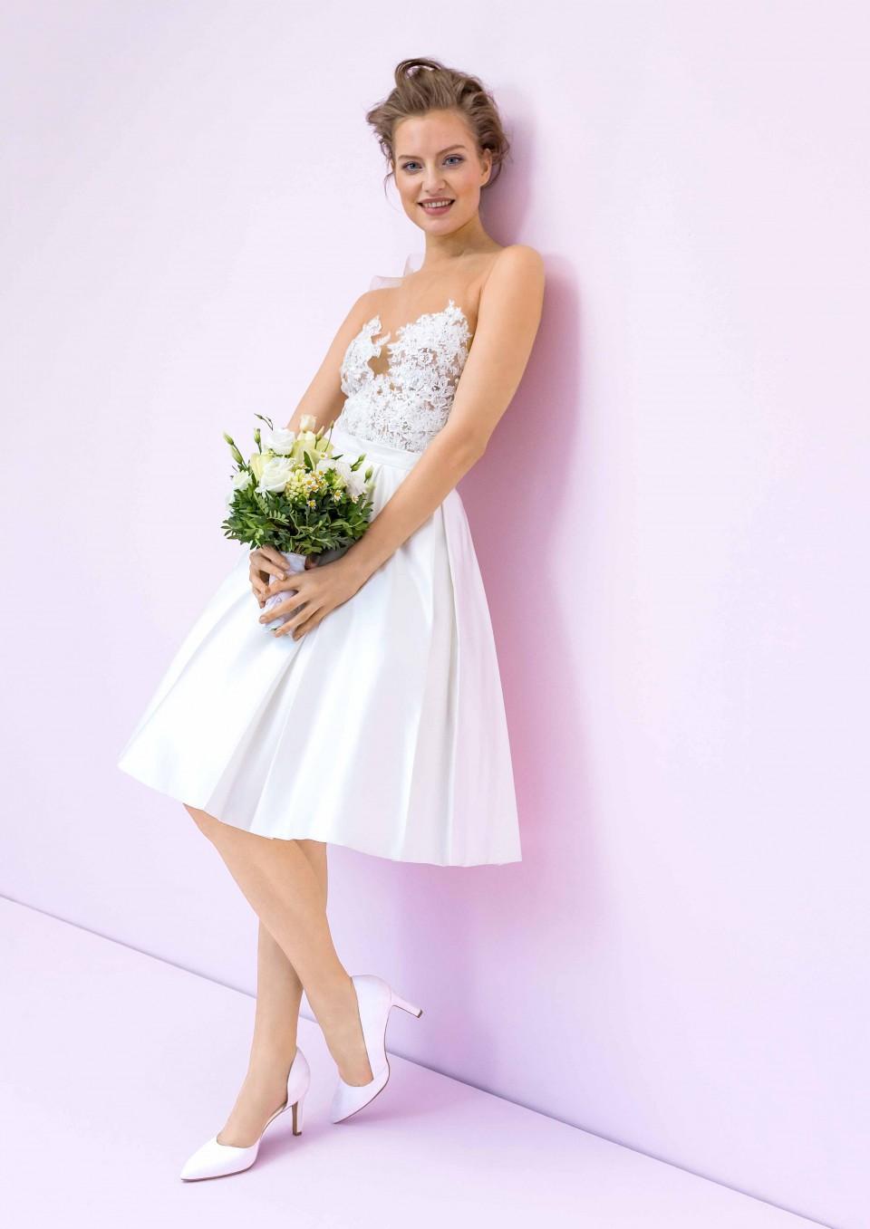EMANUEL HENDRIK   Alles rund um Brautkleider hier bei mir im Blog!