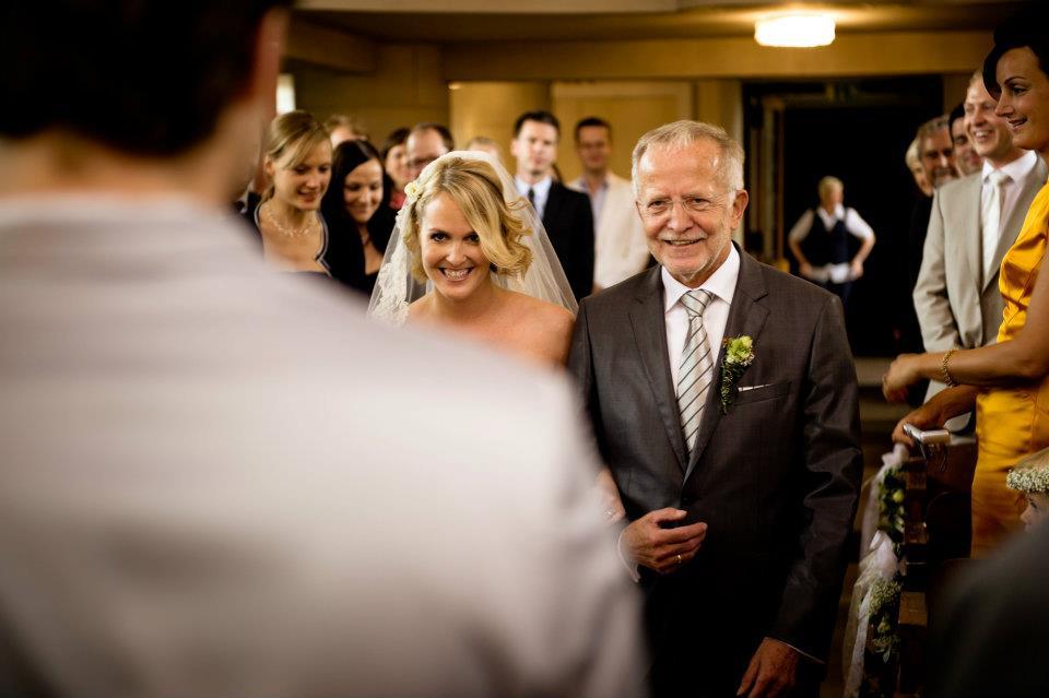 Vater bringt Braut zum Altar, Blog Hochzeitsbräuche