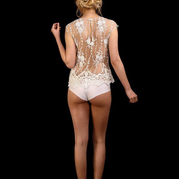 Rückenansicht transparentes Top June in ivory aus Spitze mit Perlen und Pailletten bestickt mit Spitzenborte am Saum