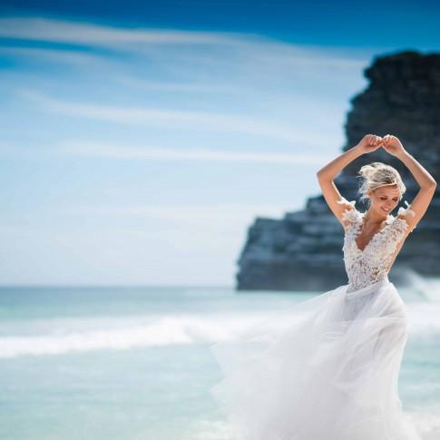Brautkleid in Kapstadt am Stand. Kap der guten Hoffnung. Sand Sonne Meer Hochzeit