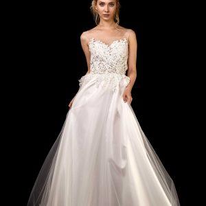 Vorderansicht Brautkleid mit Oberteil aus Spitze und Rock aus Tüll